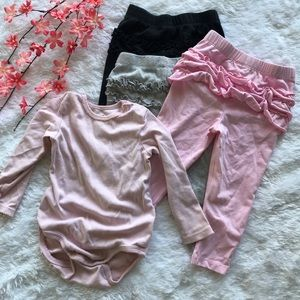 ✨3/$10✨ [carter's] ruffle butt leggings & onesie